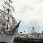横浜開港祭の花火の混雑状況と回避方法、有料席情報