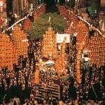 秋田の竿灯祭りの日程とアクセス、桟敷席と無料席の違い、宿泊やホテル情報も
