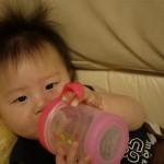 赤ちゃんに麦茶はいつから飲ませていいの?麦茶の栄養やアレルギーは大丈夫?