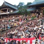 長崎くんちを立ち見席で見る方法 諏訪神社に何時に来れば良い?